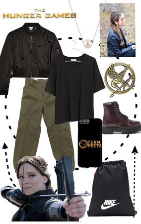 Katniss Everdeen bound - The Hunger Games