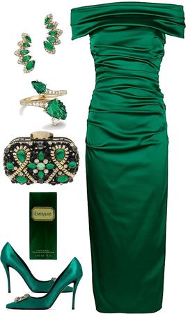 Emerald Toi ét Moi Engagement Outfit