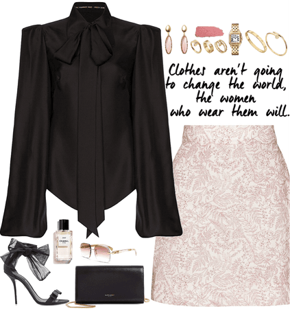 elegance black & light pink outfit with gold jewelry