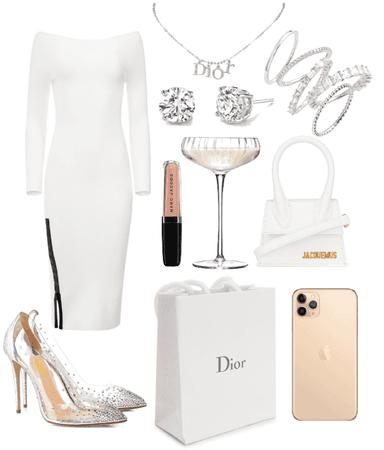 white lady 🤍