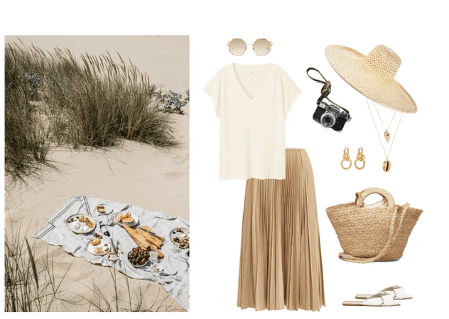 Summer sea picnic