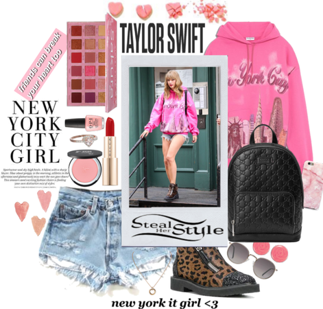 Steal Her Style ~ Taylor Swift