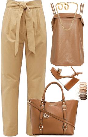 Outfit monocromático en tostado