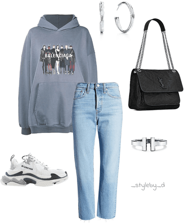 comfy outfits always win!