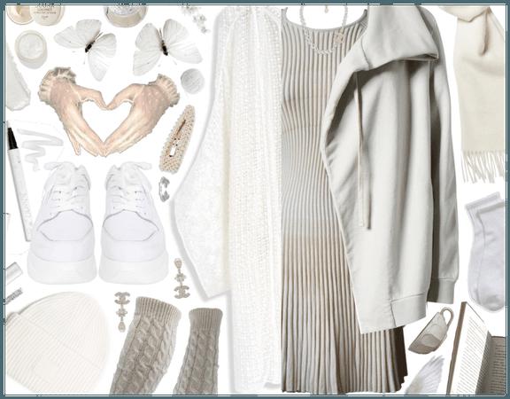 Knit wear: White