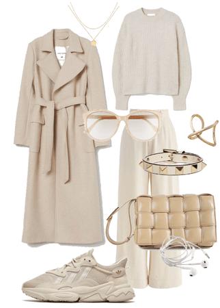 Cosy beige