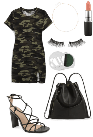 Camo outfit 💚🖤