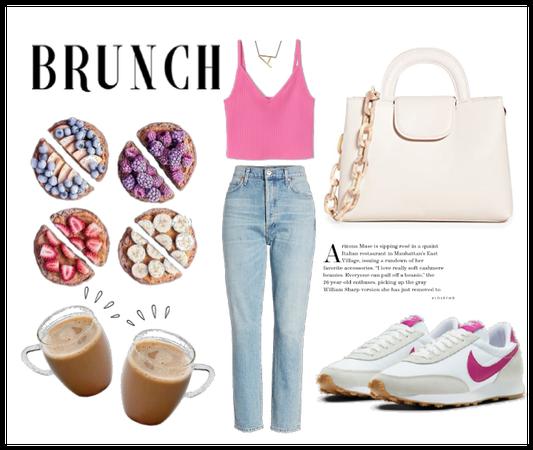 Brunch in pink