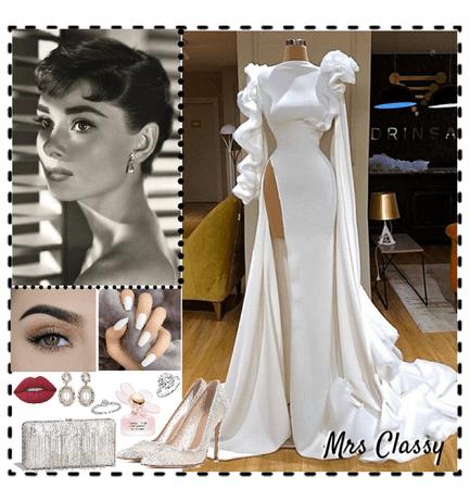 Mrs Classy-Audrey Hepburn