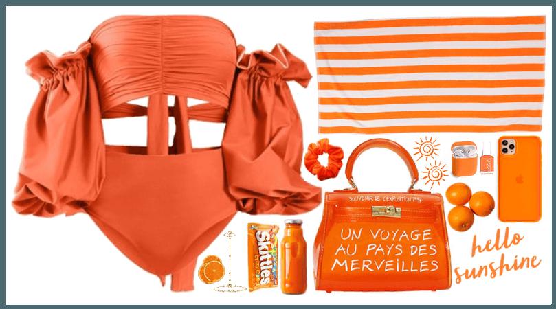 Yes to Orange. Summer mood.