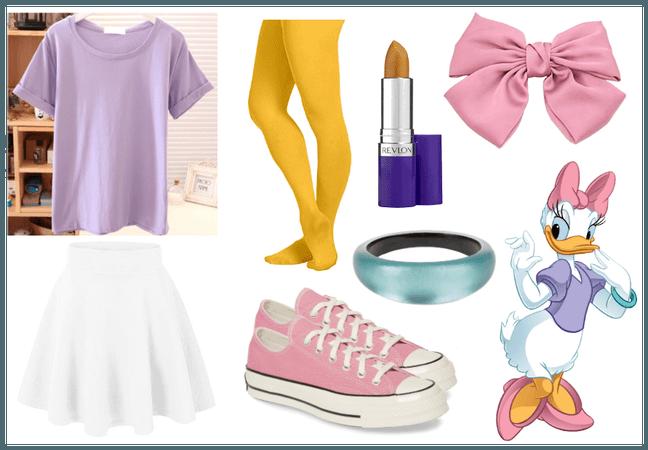 Daisy Duck - DisneyBound