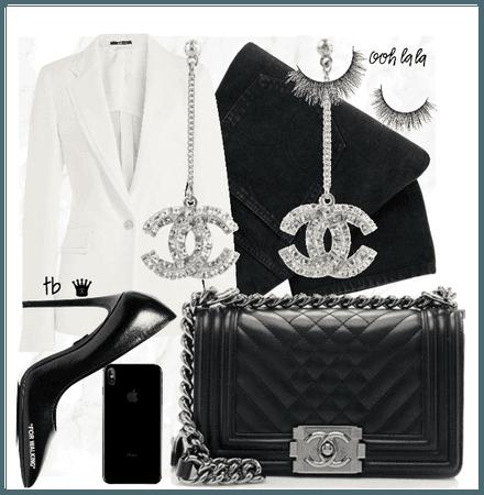 Black & White Elegance