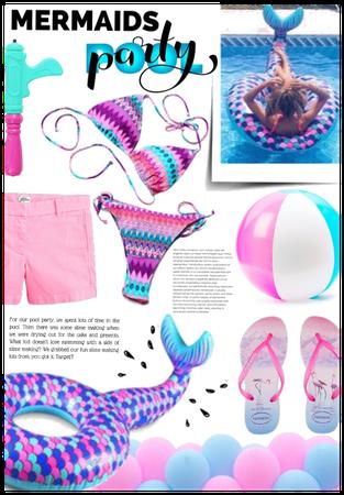 Mermaids pool party 🔫👙🎉