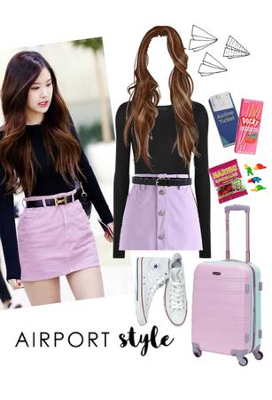 Rosé airport outfit (Blackpink)
