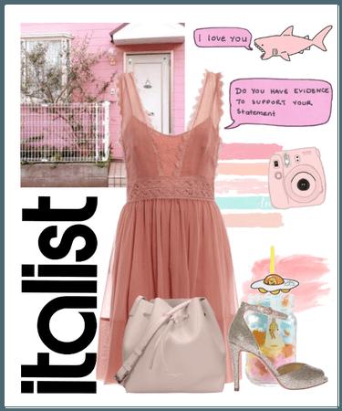 Italist Pink Aesthetic