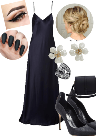 Black crepe outfit