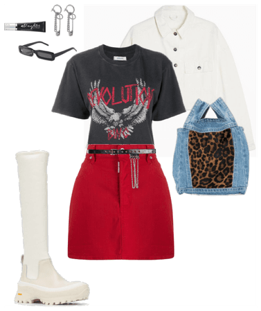 Graphic Tee Look