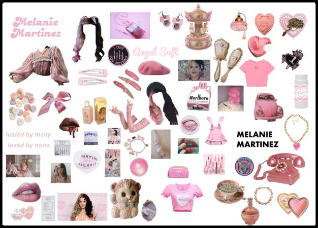 Melanie Martinez moldboard