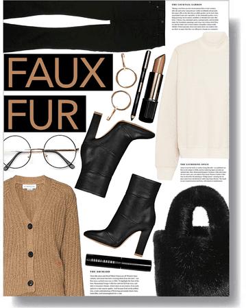 faux fur bag 🤎