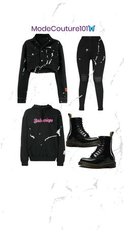 black & chic🖤