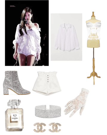 Jennie's solo stage outfit