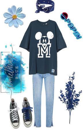 Blue babe 💙😇