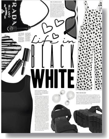 life in black & white 🖤🤍