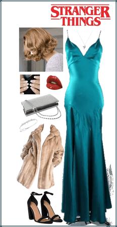 Costume Ideas For Stranger Things: Elvira-Scarface