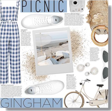 gingham on the beach 🏖