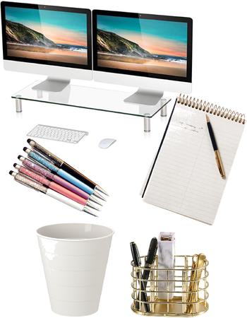 Lily's Desk