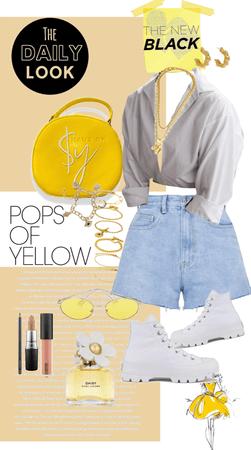 Pop of Yellow 💛