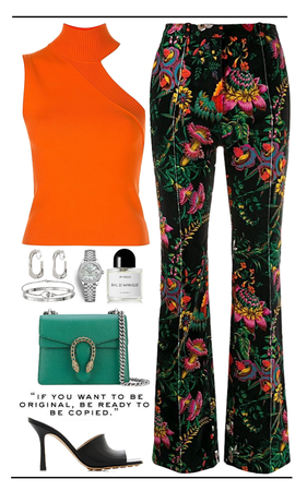 colorful,chic look