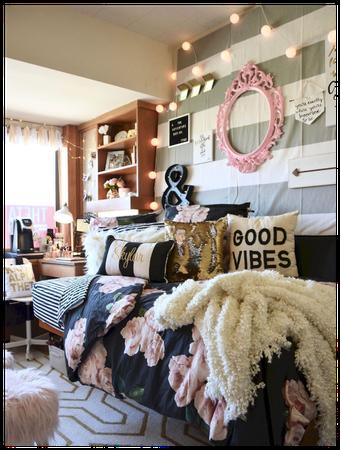 Nina's Dorm Room