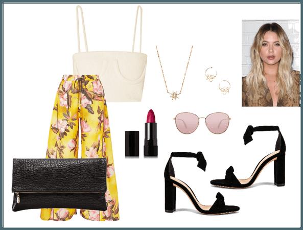Hanna Marin Style (1) - Straight To Business