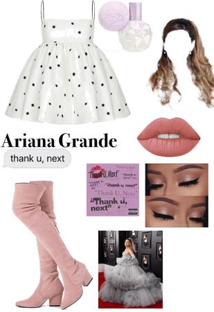 Ariana Grande copycat