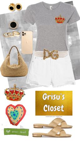 83 La corona, Playera bordada a mano con canutillo y chaquira, diseño exclusivo de Grisú's Closet