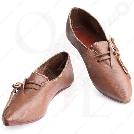 Medieval low shoes, 12-15th century