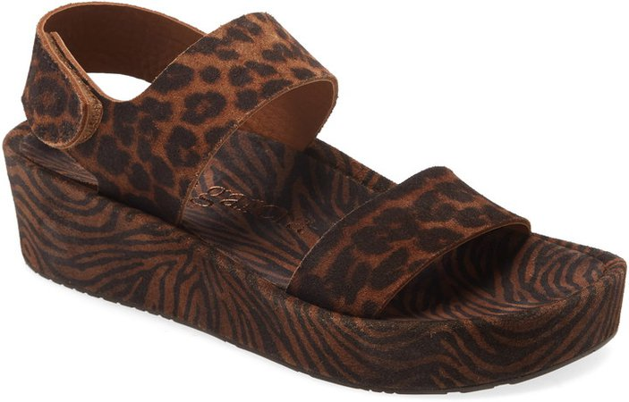 Lacey Footbed Sandal