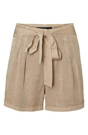 VERO MODA Mia Tie Front Shorts   beige