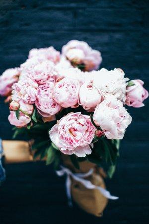 Pink-Peonies-summer-outfit-ideas-white-dress-ideas-My-Style-Vita-@mystylevita-35.jpg (1200×1800)