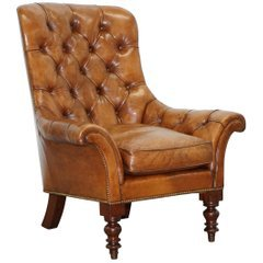 Stunning Restored Victorian Chesterfield Aged Brown Leather Chaise Longue Daybed For Sale at 1stdibs
