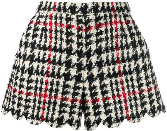 check scallop hem shorts