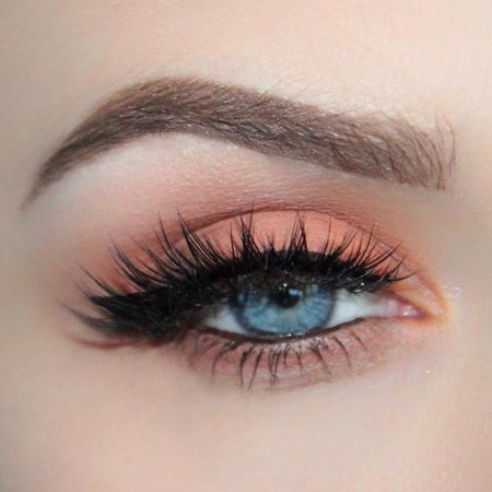 Peach Eyeshadow