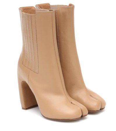 Maison Margiela - Tabi leather ankle boots | Mytheresa