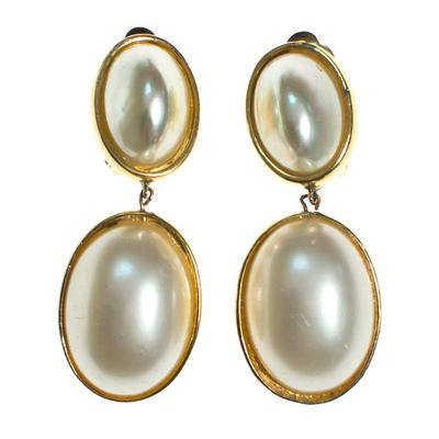Vintage Ciner Pearl Drop Earrings - Vintage Meet Modern