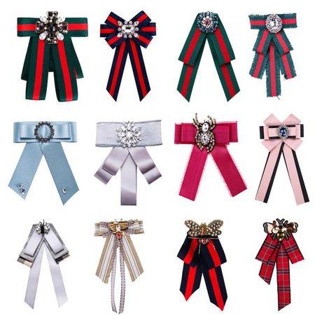 Various bow brooch ribbons