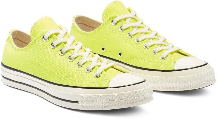 Chuck Taylor(R) All Star(R) Chuck 70 Ox Sneaker