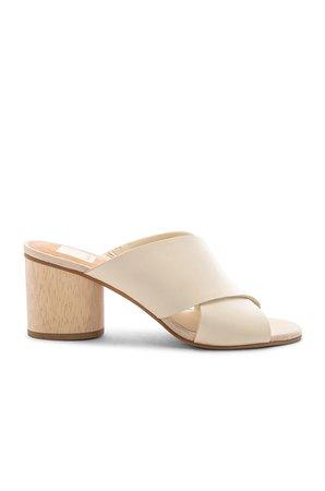 Atira Sandal