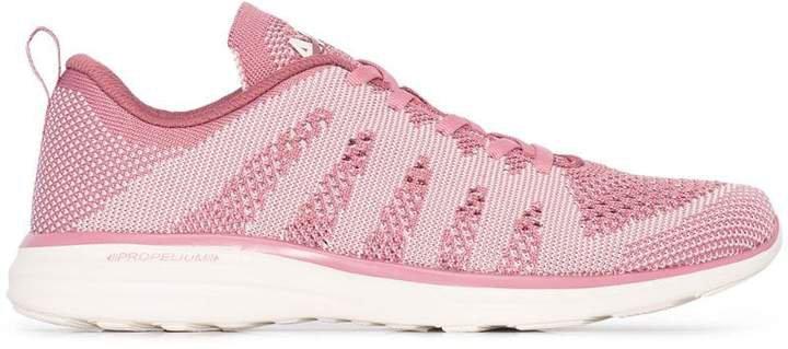 pink Techloom pro running sneakers