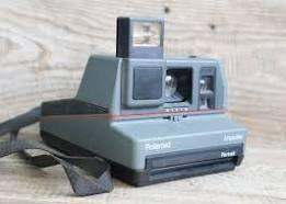 polaroid camera 1990s